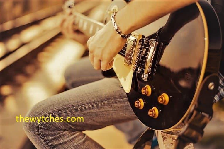 Best intermediate guitar